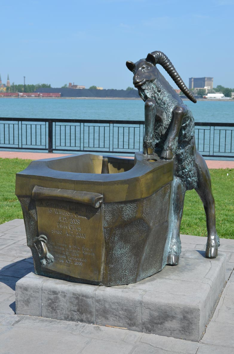The%20Lublin%20Goat%20Fountain%20sculpture%20in%20the%20WIndsor%20Sculpture%20Park